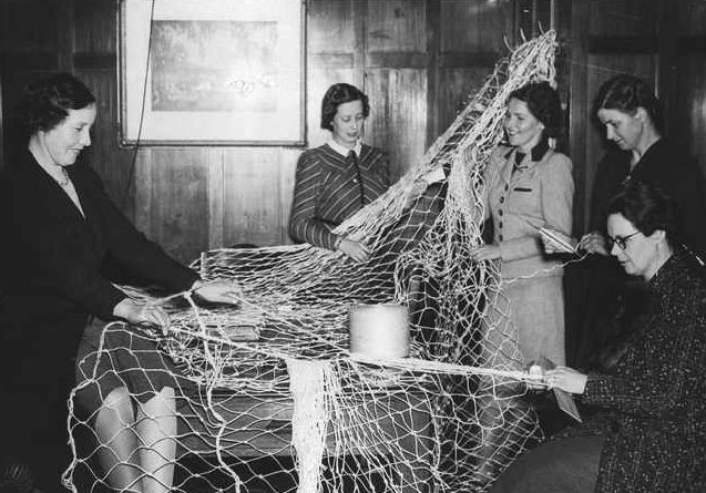 B57201_South Australian women making camouflage nets